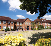 picture of Gayhurst School