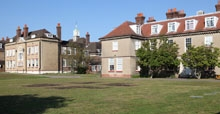 picture of Farringtons School