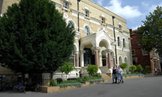 picture of Broomwood Hall School