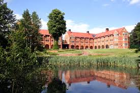 picture of Wellington College